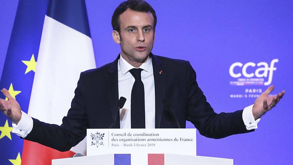 Er erntet für seine Idee eines nationalen Gedenktags für Armenien grosse Kritik von der Türkei: der französische Präsident Emmanuel Macron.