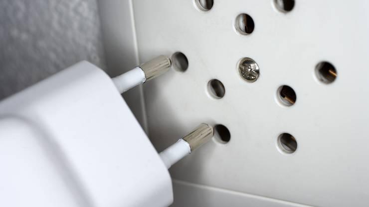 Der Strompreis in der Schweiz: Der effektive Strom macht nur einen Teil der Kosten aus. (Symbolbild)