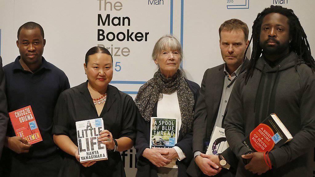 Die Nominierten für den Man Booker Prize - am Ende schwang Marlon James (rechts) aus Jamaika obenaus.