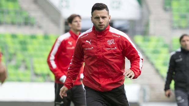 Steffen debütierte am 9. Oktober 2015 in der Nationalmannschaft.