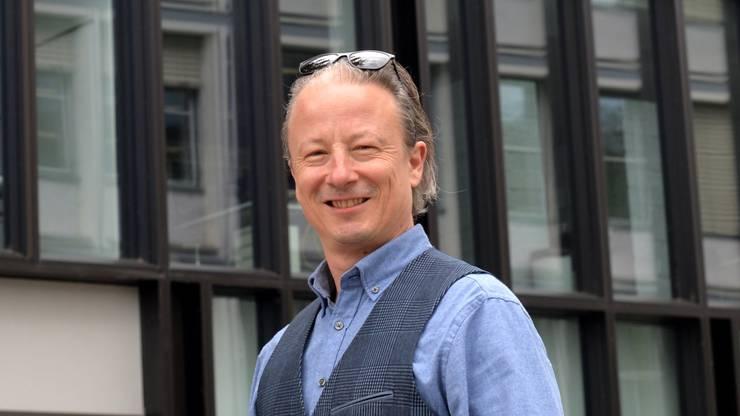Reto Sollberger ist Kommunikationstrainer für leise Menschen.