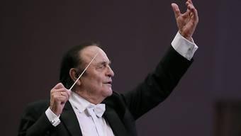 Bestreitet sämtliche Vorwürfe gegen ihn wegen sexuellen Missbrauchs: der Lausanner Dirigent Charles Dutoit. (Archivbild)