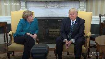 Donald Trump weigert sich, für die Journalistenschar Angela Merkel die Hand zu schütteln.