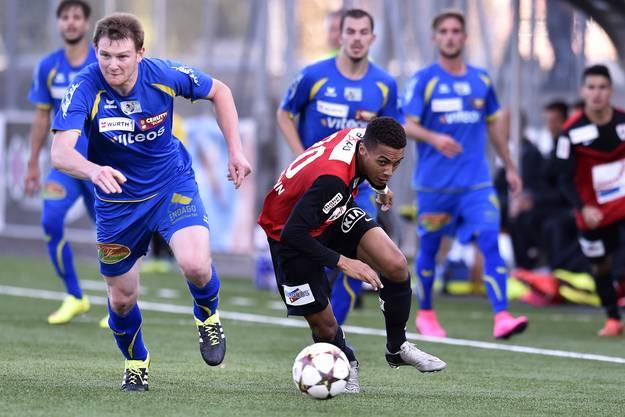 Remi Bonnet (Chaux-de-Fonds) gegen Marvin Spielmann (Aarau).