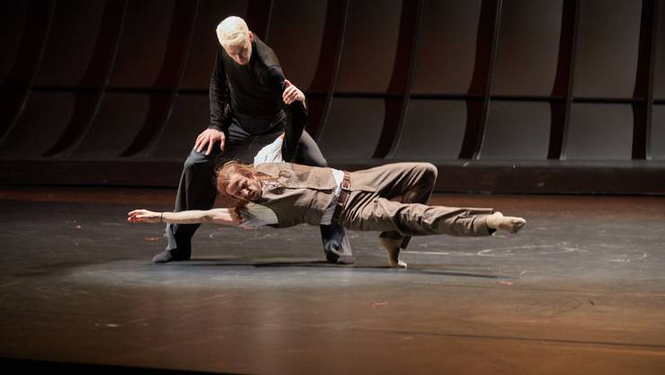 Richard Wherlock inszeniert am Theater Basel Thomas Manns «Tod in Venedig»