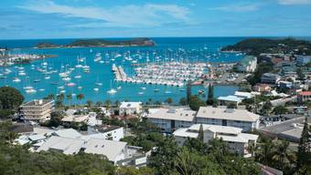 Die Bucht von Nouméa, der Hauptstadt Neukaledoniens. Die Wähler der Pazifik-Inselgruppe entscheiden darüber, ob sie sich nach mehr als anderthalb Jahrhunderten von Frankreich trennen wollen.(Archivbild)