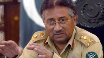 Ein Gericht in der ostpakistanischen Stadt Lahore hat das im Dezember gegen Pakistans Ex-Militärmachthaber Pervez Musharraf erlassene Todesurteil ausser Kraft gesetzt. (Archivbild)