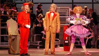 Von links: Adrian Kroneberger, Jan-Martin Mächler und Anne-Florence Marbot als Puppe Olympia.