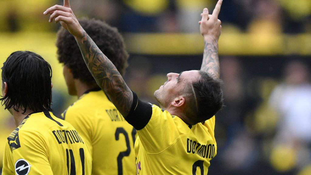 Paco Alcacer (9) traf zum Saisonauftakt mit Dortmund zweimal