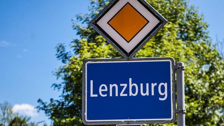 Im Lenzburger Einwohnerrat herrschte Freude über den positiven Rechnungsabschluss 2014.