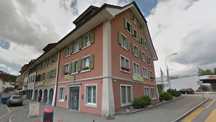 Das Gebäude der Clientis Bank im Thal (Balsthal).