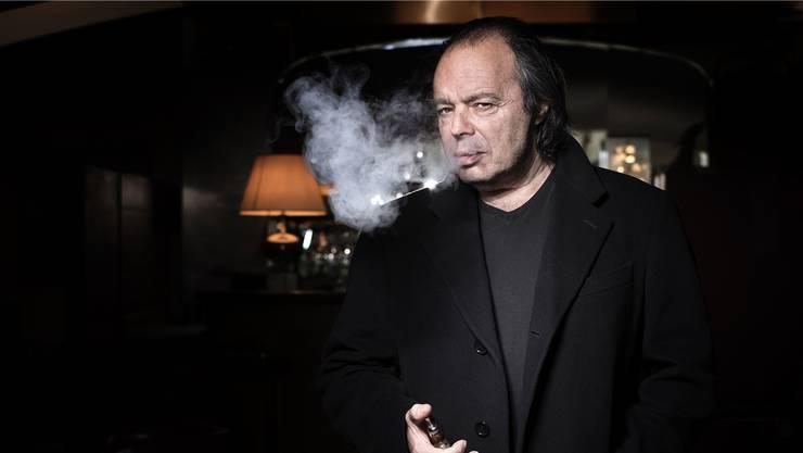 Der Schriftsteller-Nomade Philippe Djian (69) wurde 1985 bekannt mit dem Roman «Betty Blue – 37,2 Grad am Morgen». Seit 1989 schreibt der Franzose auch regelmässig Chansontexte für den Schweizer Sänger Stephan Eicher.