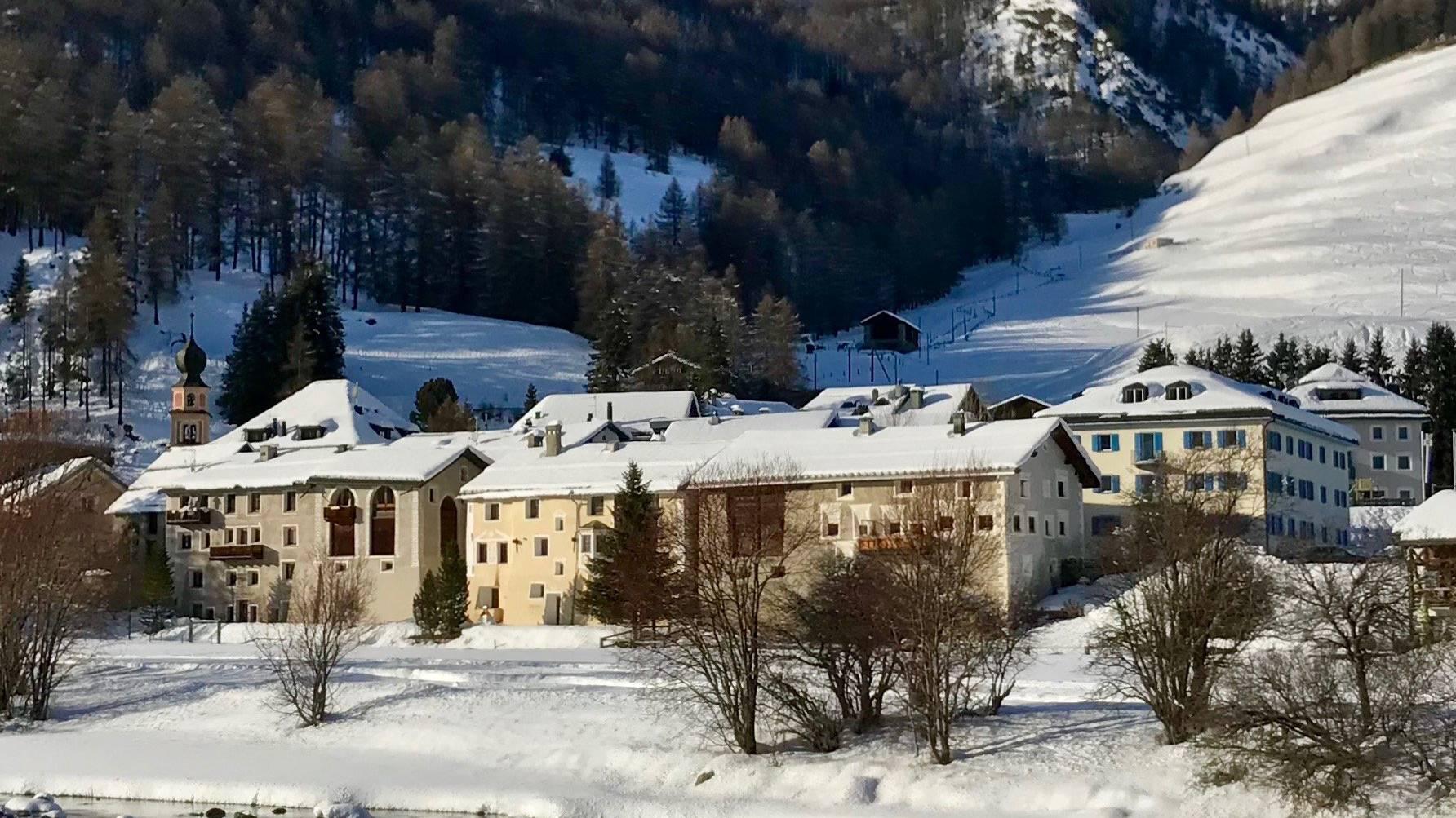 Vor allem der erhaltene Dorfkern macht die Schönheit des Dorfes aus.