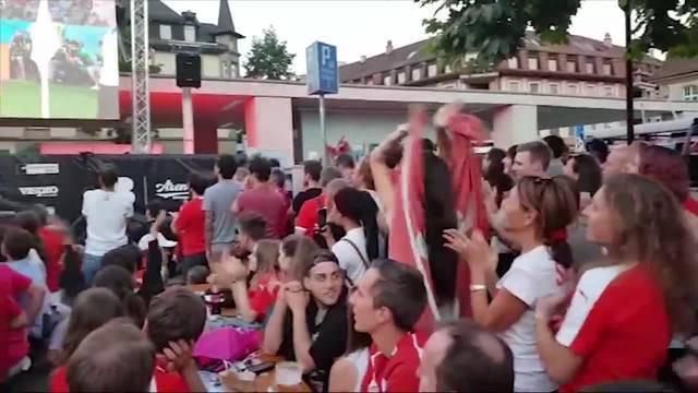 Freude bei Fans in Brugger Public Viewing