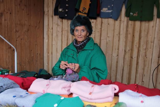 Christiane Conrad häkelt und strickt schon fleissig weiter