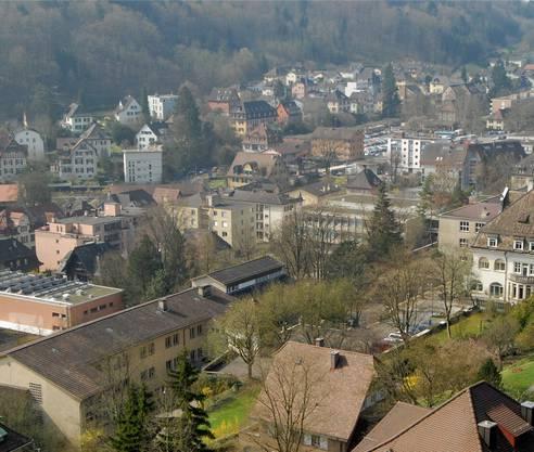 Oberstufenzentrum Burghalde mit Dreifachturnhalle ist der grösste Brocken