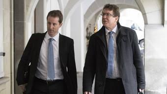 Thomas Aeschi (links) und Parteipräsident Albert Rösti stehen unter Druck.