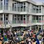 Das neue Primarschulhaus Tilia in Berikon wurde im Beisein der Bevölkerung feierlich eingeweiht.
