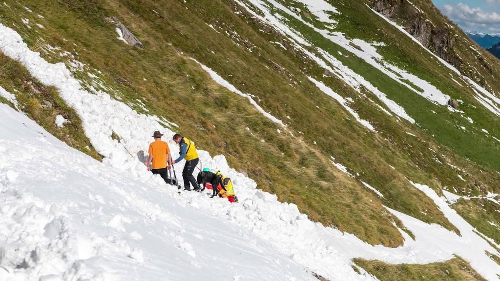 Kurznachrichten: Lawine im Alpstein, Unfall in Mörschwil