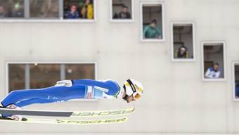 Die Punkterichter in Garmisch-Partenkirchen haben an Killian Peiers Flug und Landung nur wenig auszusetzen.
