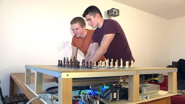 Intelligentes Schachbrett