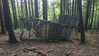 Zerstörungswut: In der Region Baden wurden vier Jagdkanzeln demoliert.