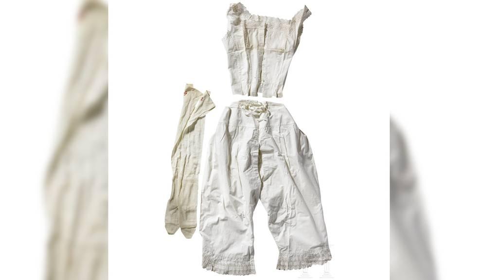 Was trug «Sisi» drunter? - Auktionshaus versteigert kaiserliche Unterwäsche