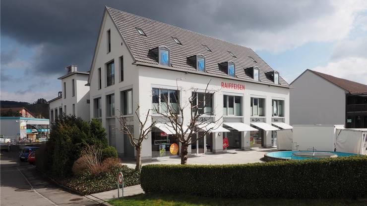 Raiffeisen will die Räume im «Raiffeisenhaus» vermehrt selber nutzen.