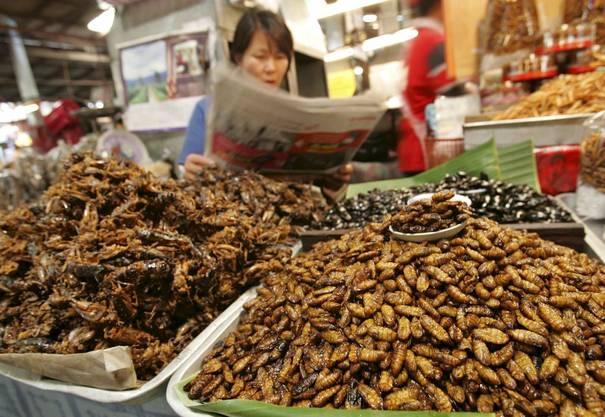 Ein Markt in Thailand.