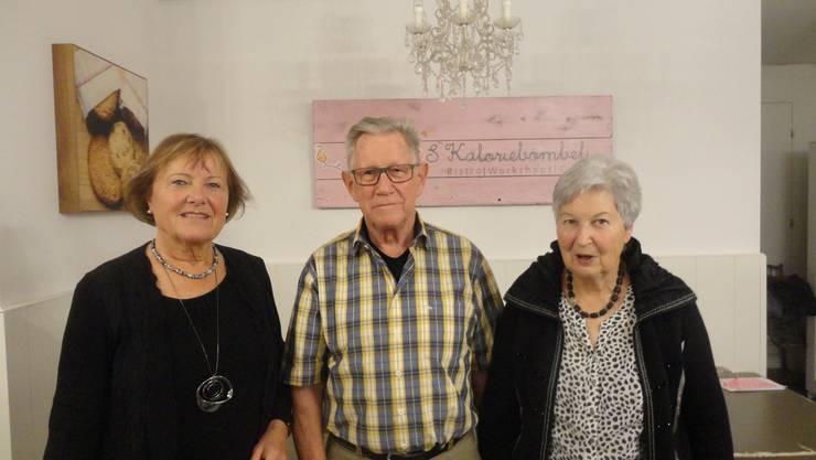 Sieger Hans Amweg, umrahmt von Ursula Rudolf (2.Rang) und Verena Bucher (3. Rang)