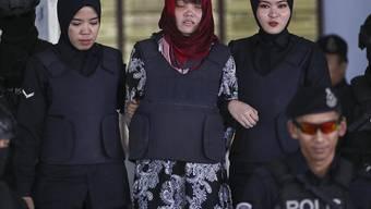 Die Vietnamesin Doan Thi Huong (Mitte) muss weiterhin mit der Todesstrafe in Malaysia rechnen, weil sie verdächtigt wird, den Halbbruder von Nordkoreas Machthaber, Kim Jong Nam, getötet zu haben.