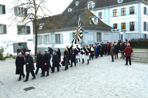 Feiert die Uni ihren Geburtstag, dann wandeln die Professoren in schwarze Talare gehüllt über den Basler Münsterhügel.
