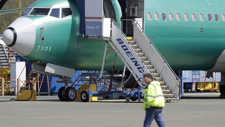 Nach der Entlassung von Boeing-Konzernchef Dennis Muilenburg wegen des 737-Max-Skandals verlässt nun auch Sonderberater Michael Luttig den US-Flugzeugbauer. (Archivbild)