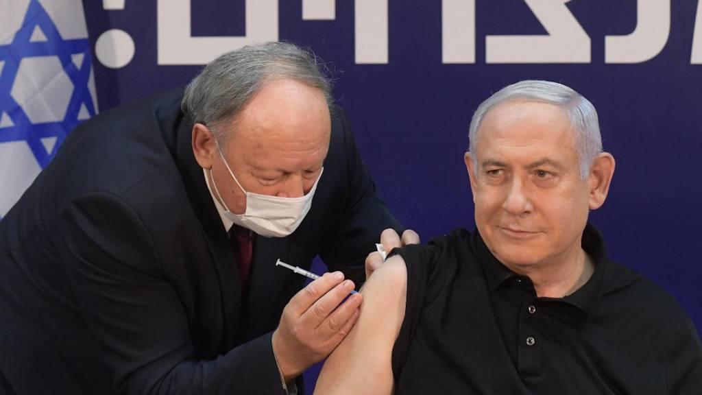 Corona-Impfkampagne in Israel beginnt – Netanjahu als Erster geimpft