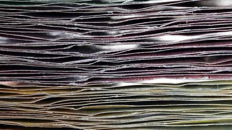 Das Parlament hat den Überschuss im Voranschlag 2019 leicht nach unten korrigiert und vor allem für Bildung und Forschung mehr Geld bewilligt als der Bundesrat beantragt hatte. (Themenbild)