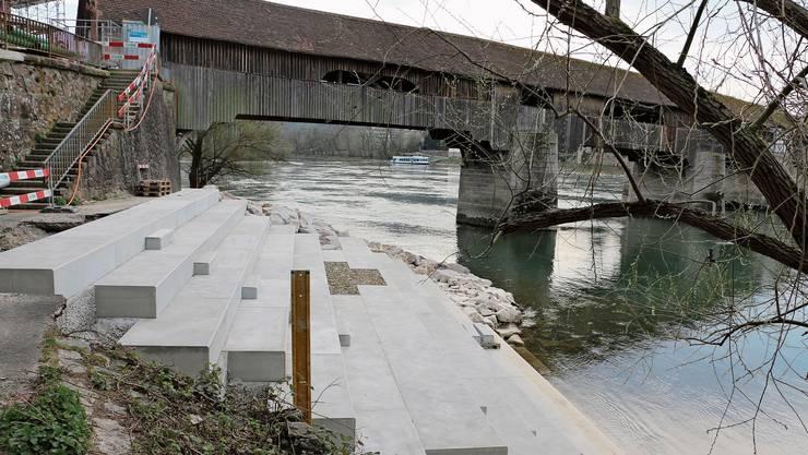Die Treppe beim Brückenkopf am Steiner Ufer soll im Sommer zum Verweilen einladen.