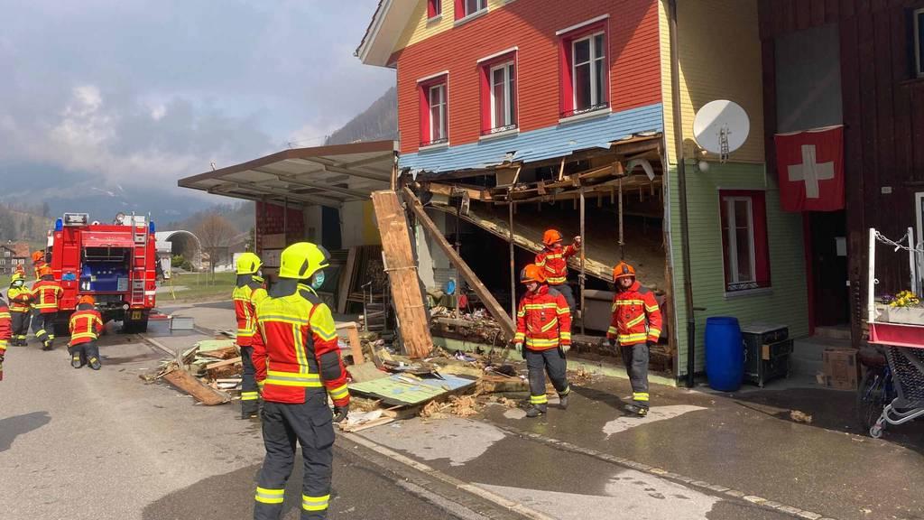 Explosion in Einfamilienhaus: 50-Jähriger schwer verletzt