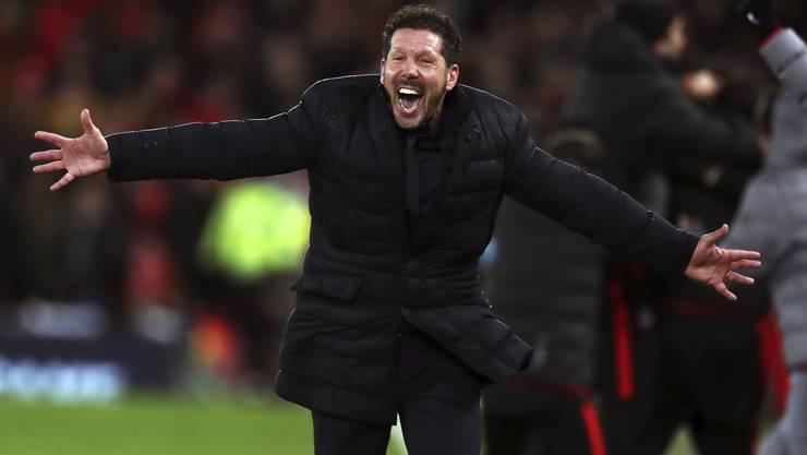Nach dem 3:2-Erfolg gegen Liverpool an der Anfield Road kannte Atléticos Trainer Diego Simeone kein Halten mehr.