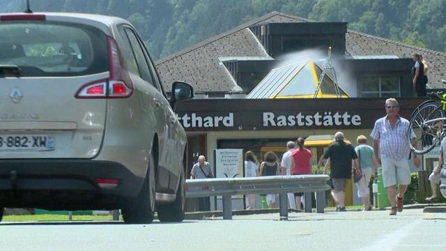 Ferien-Stau beim Gotthard