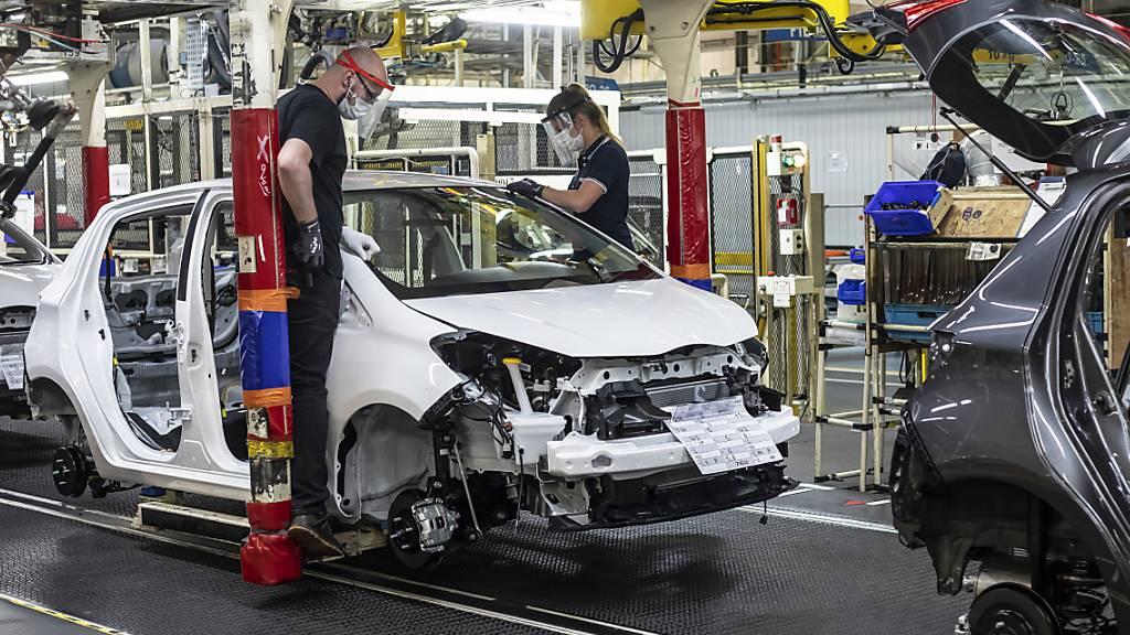 Reingewinn bei Toyota bricht wegen Corona ein