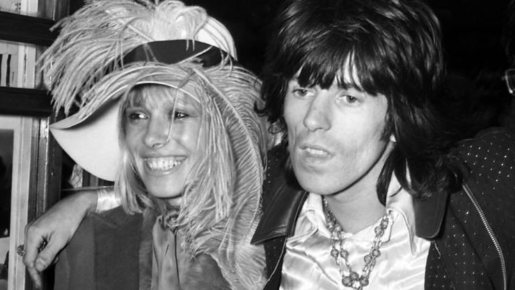 Anita Pallenberg im Jahr 1968 mit Keith Richards