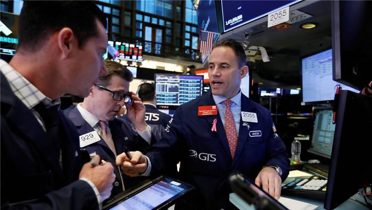 Kaufen oder verkaufen? Die Unsicherheit der Händler und Anleger steigt.