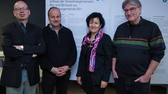 Von lins Markus Leimbacher; Markus Büttikofer, Gemeindeammann Birr; Ursula Berger, Gemeindeammann Birrhard; Ruedi Leder
