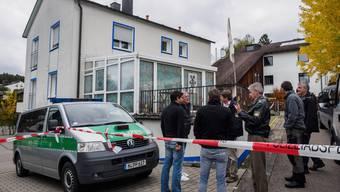 Kopie von Rechtsextremer schiesst bei Razzia auf Polizisten Deutschland