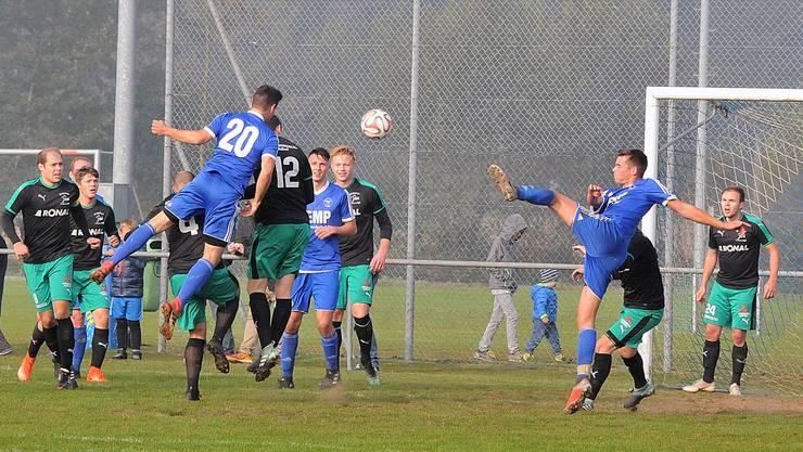 Ein Eckball nach einer Viertelstunde führte zum 1:0 für die Fulenbacher, erzielt durch die Nummer 20, Rafael Ingold.