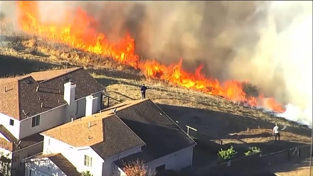 Waldbrände wüten weiter: Evakuierung von 180'000