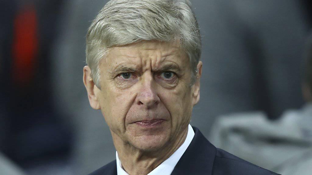Wenger muss während vier Spielen von Arsenal auf der Tribüne sitzen