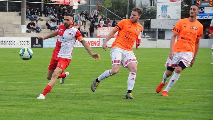 Matchwinner Loic Chatton (l.) mit drei Toren für den FC Solothurn.