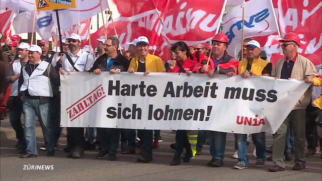 Bauarbeiter protestieren in Olten