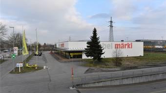 Möbel Märki hat seine auf dem Areal des Egerkinger Gäuparks gelegene Filiale an der Hausimollstrasse an Coop verkauft.